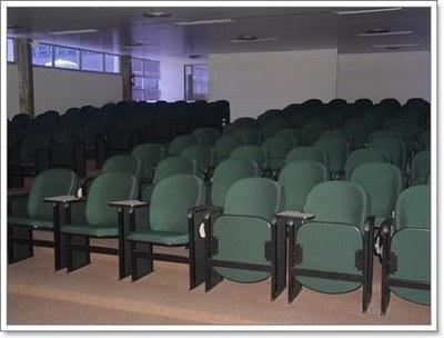 Fig. 4: Anfiteatro Dr. Lindbergh Farias